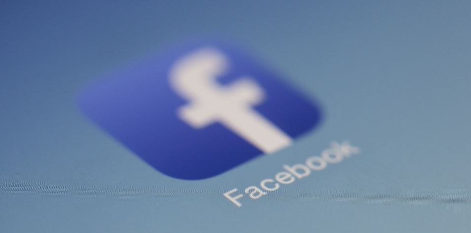 Facebook Offers $250,000 for Original Content, Partners With Buzzfeed and Vox