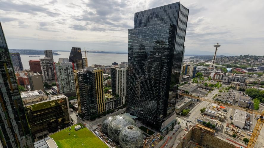 Amazon Plans to Open Second Headquarters, Starts Bidding War Among 100 Cities