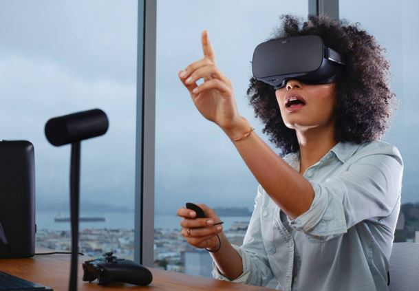 Oculus Rift Goes After Business Sector With New VR Bundle