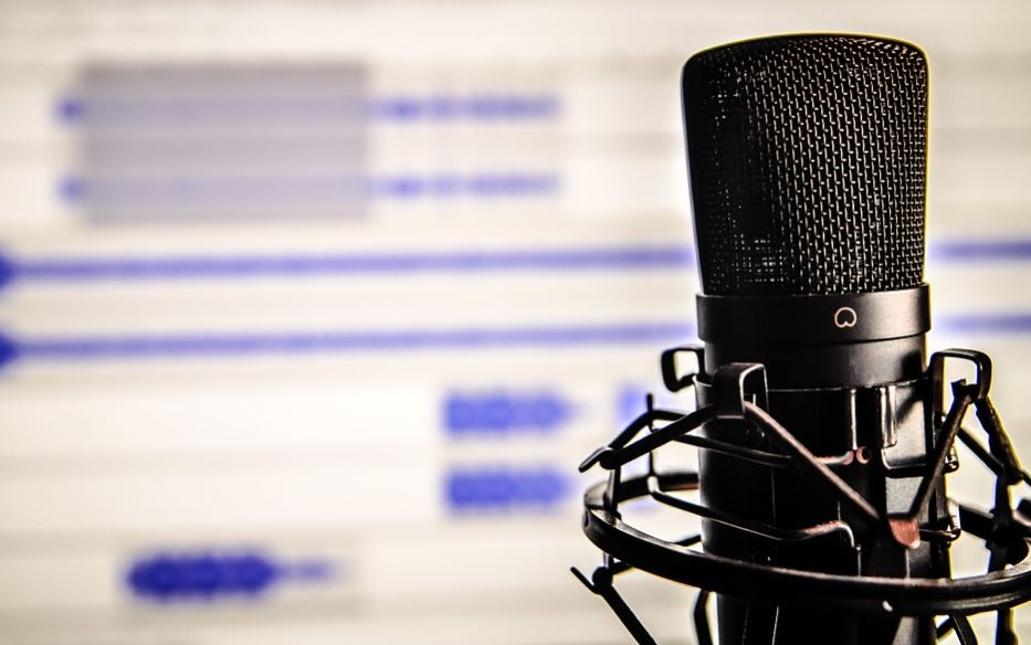 US Podcasting Revenue Hit Record High in 2017, Up 86% from Previous Year