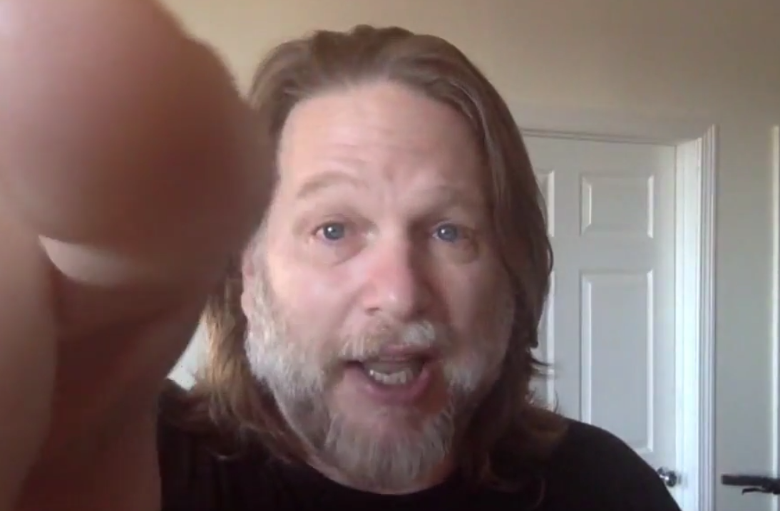 Chris Brogan Says if Your YouTube Videos Are Boring… Emote!