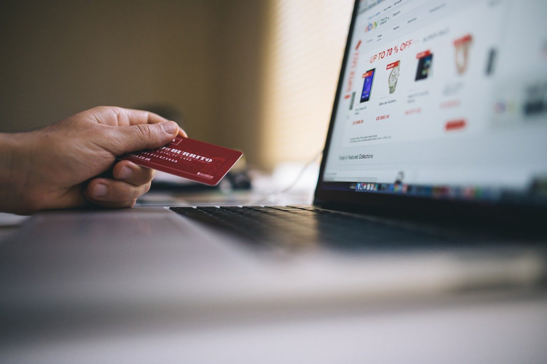 Ecommerce - Image by StockSnap