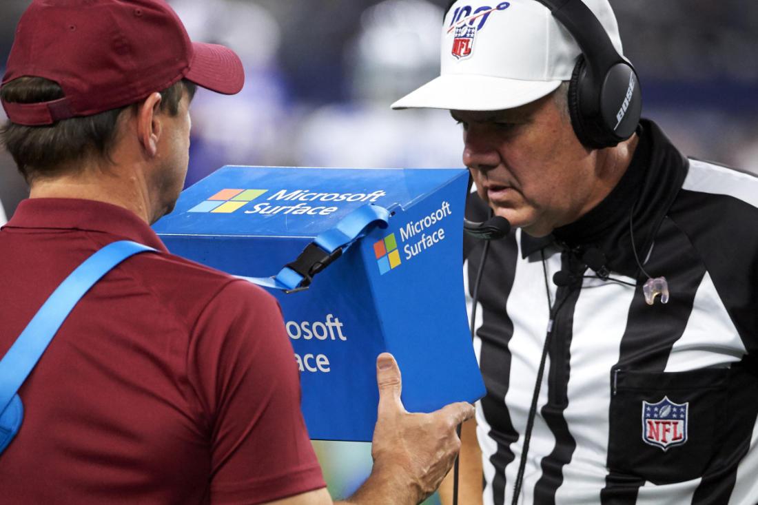Referee Bill Vinovich - Image Credit: Microsoft