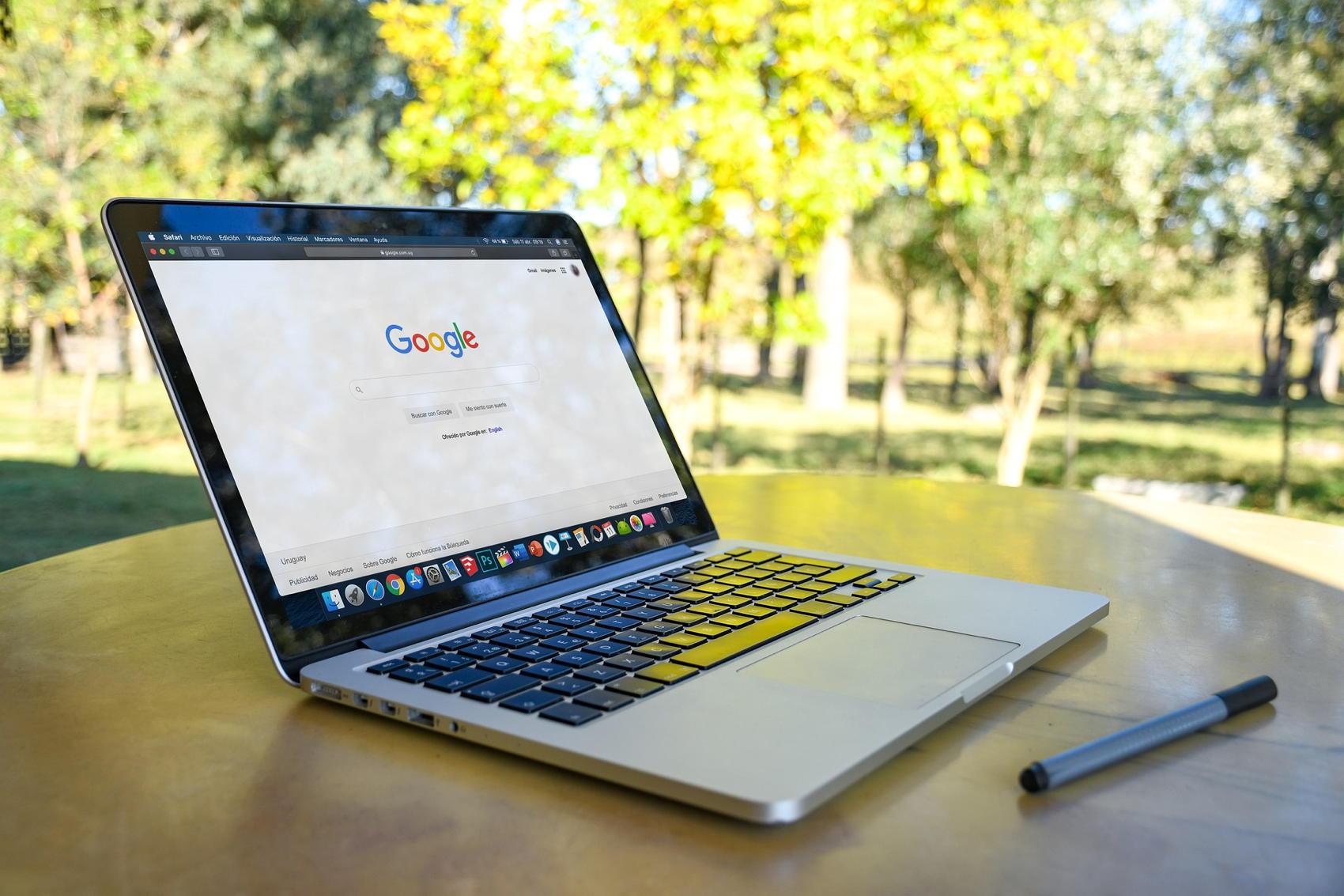 Google on MacBook - Image by Juan Francia