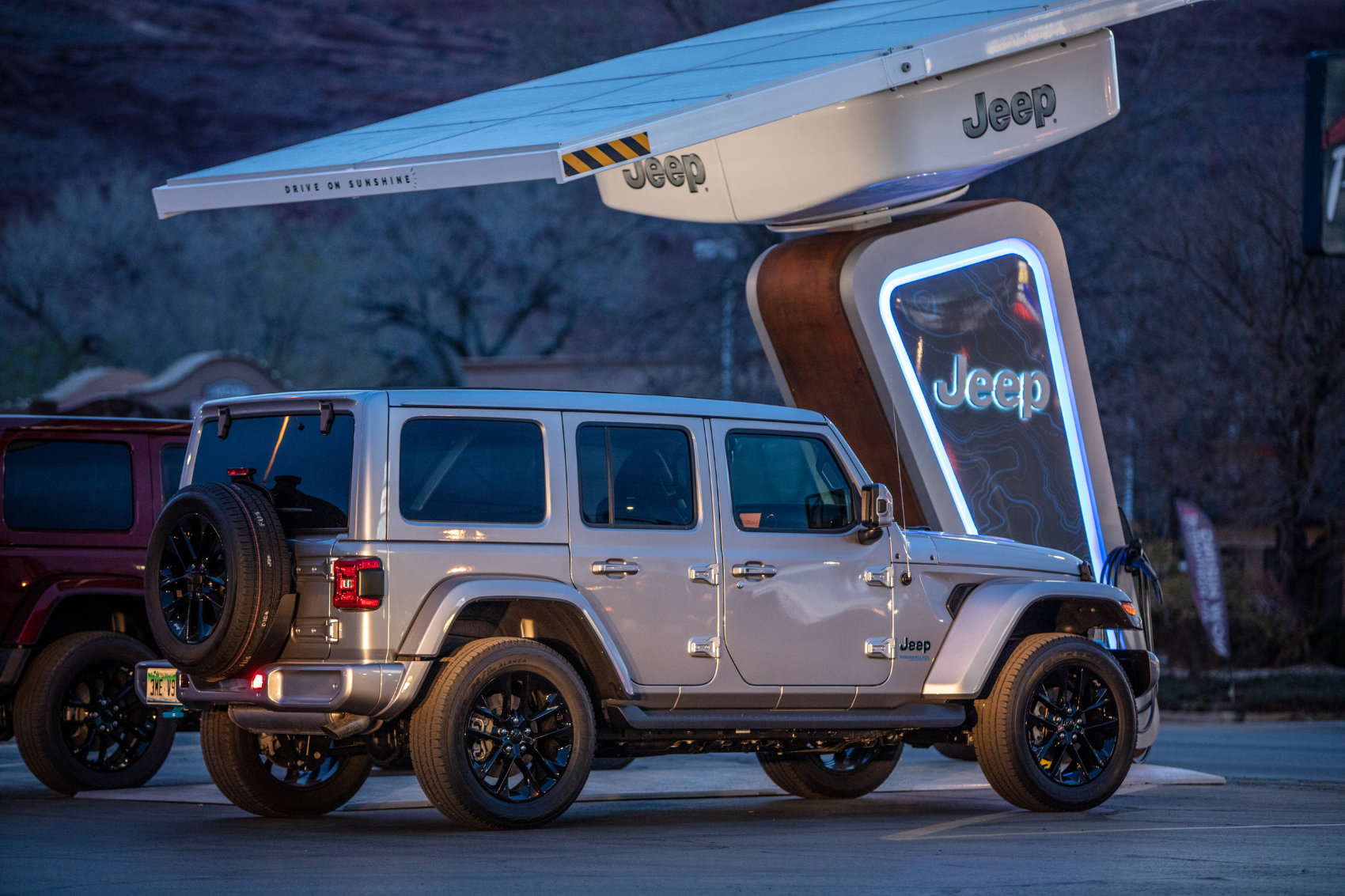 Jeep 4xe Charging Network With Electrify America - Credit Electrify America