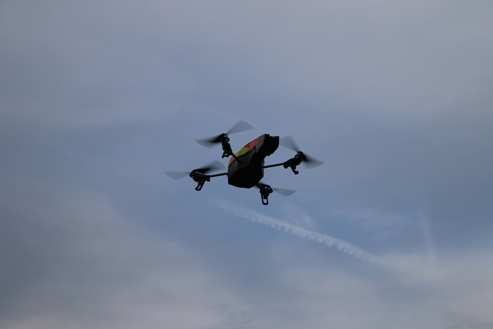 Drone Hovering - Image by andri333