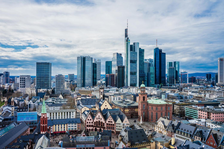 Frankfurt Skyline - Image by Leonhard Niederwimmer